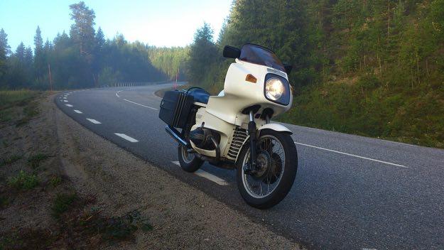 motorcycle-443427_1280-copy