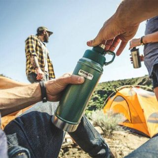 スタンレーの水筒おすすめ15選!オシャレなボトルを持ち歩こう