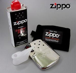Zippoカイロを持ち歩こう!手のひらサイズの小型ウォーマー