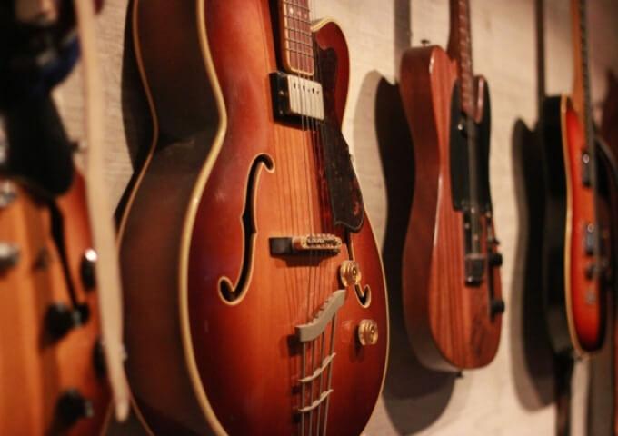 ギタースタンド&ハンガー12選!インスタ映えする飾り方も学ぼう