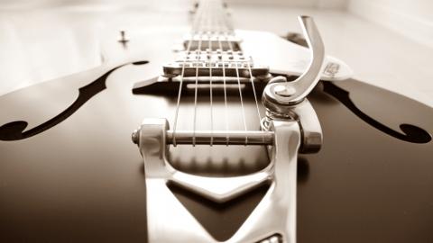 Bigsby(ビグスビー)をギターに取り付けよう!そして最高のパフォーマンスを