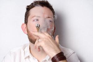 タバコは外で!